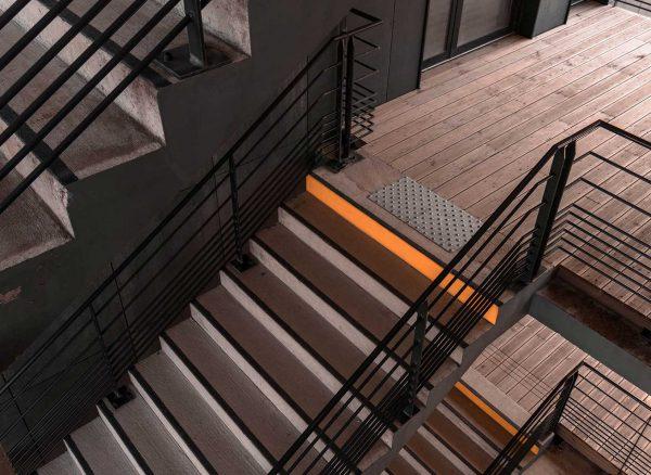 házépítés, lakásfelújítás - lépcső, korlát építés